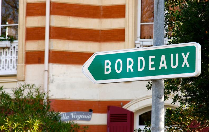 Bordeaux sign